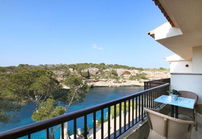 Balkon und Ausblick aufs Meer des Cala Figuera Apartments 1B bei Cala Figuera